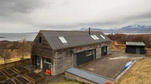nowoczesny-dom-w-otoczeniu-natury-na-koncu-swiata-kup-dom-na-wyspie-skye